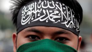 Supporter of the radical Islamic Hizbut Tahrir in Jakarta (photo: Reuters)